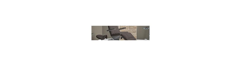 Meble kosmetyczne: fotele, taborety, krzesła